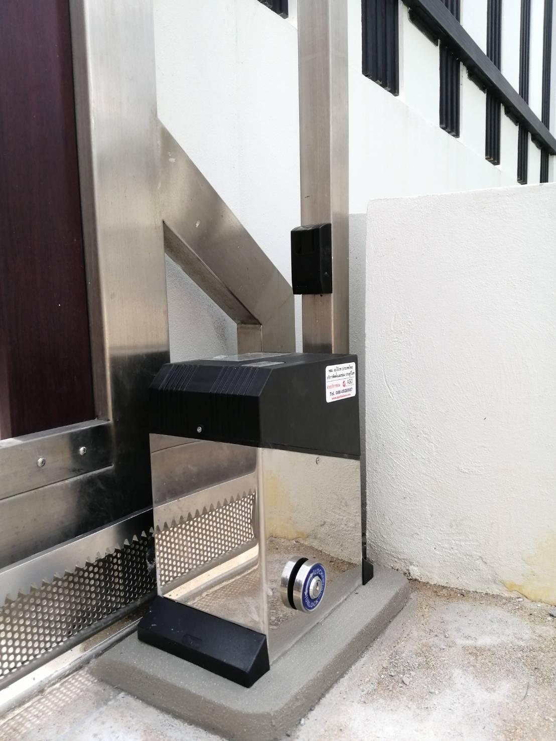 ประตูรีโมท-agothailand-our-work-รูปหน้างานติดตั้ง-02